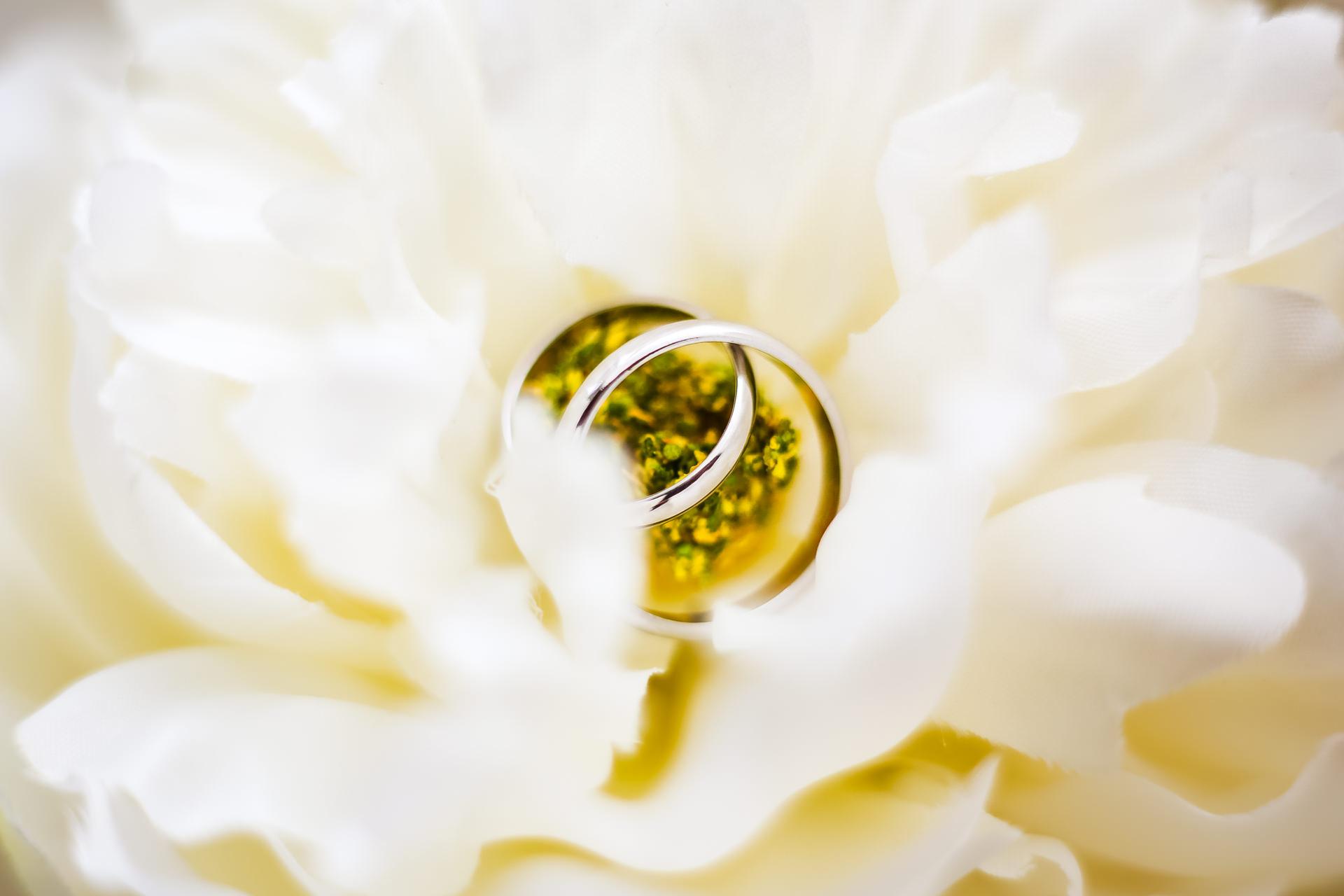 Splendide wedding photographie et video de mariage val de marne rings details-1