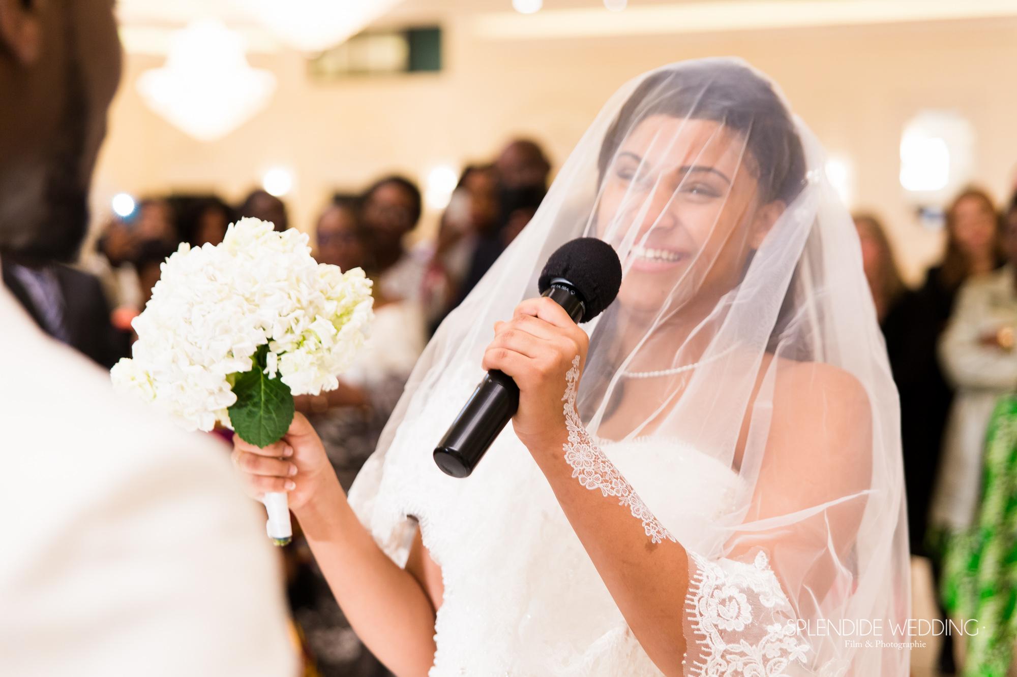 Photographe mariage Paris 19ème Chantal & Darius discours de la mariée