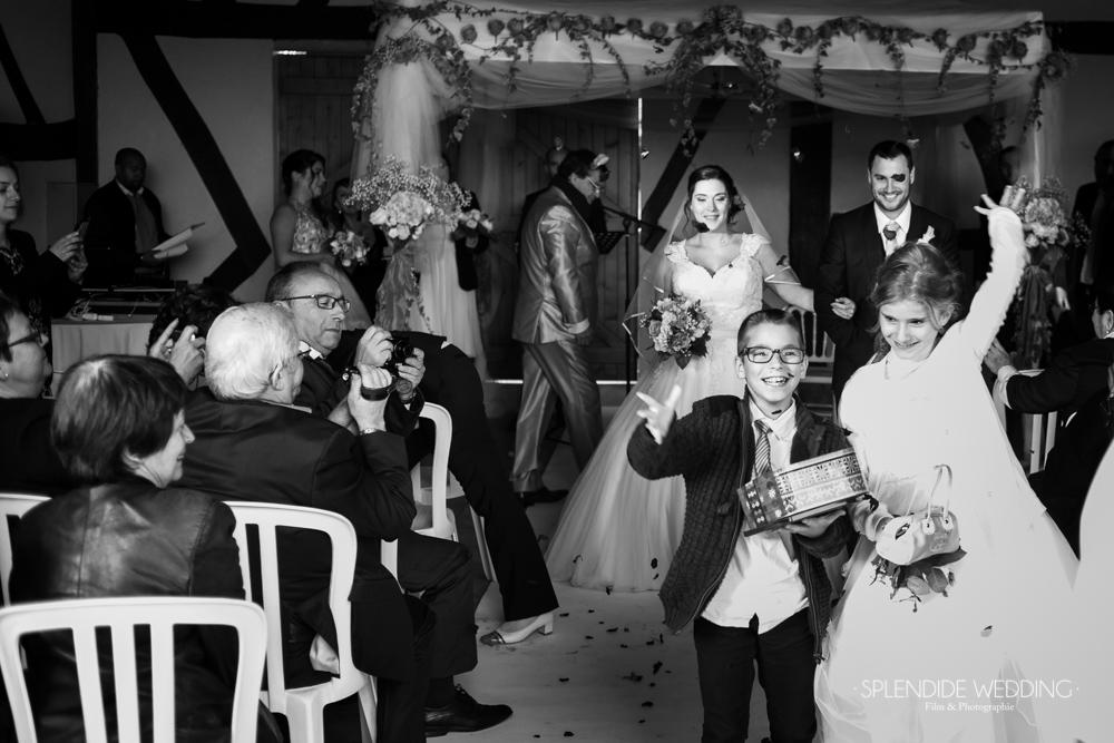 Photographe mariage seine et marne La sortie des mariés