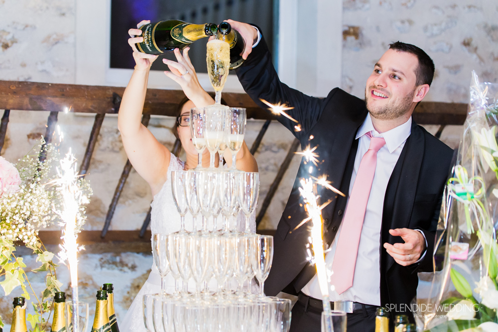 Photographe mariage seine et marne Pop the champagne