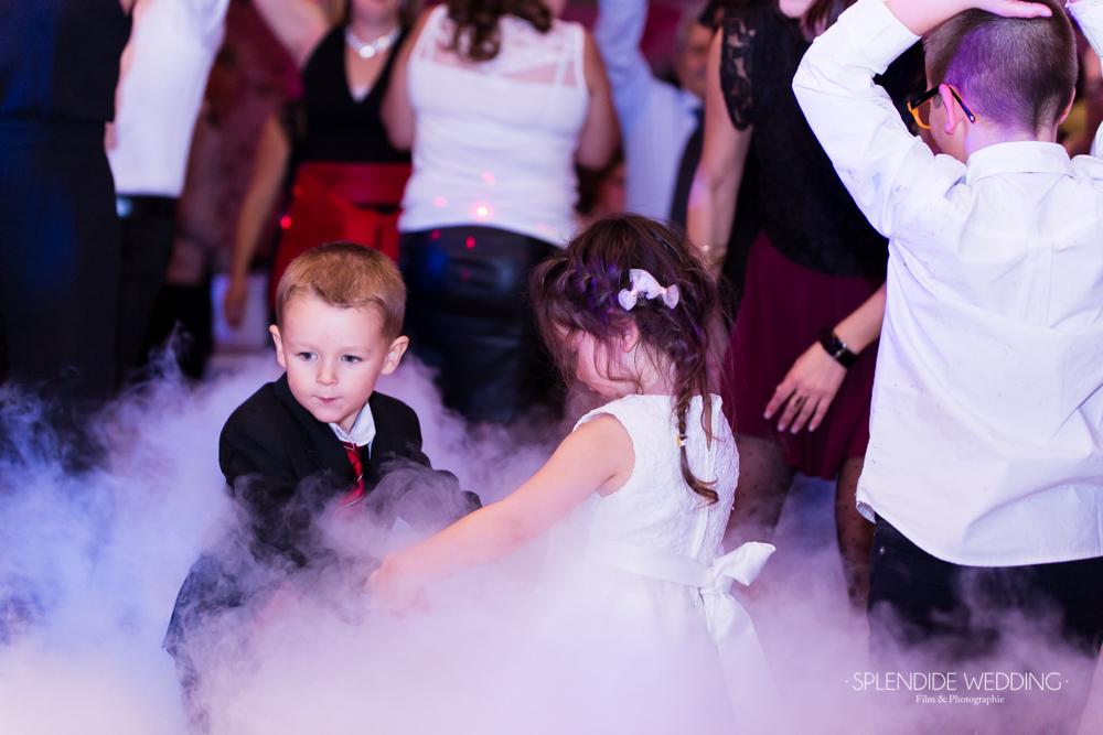 Photographe mariage seine et marne les enfants aussi dansent