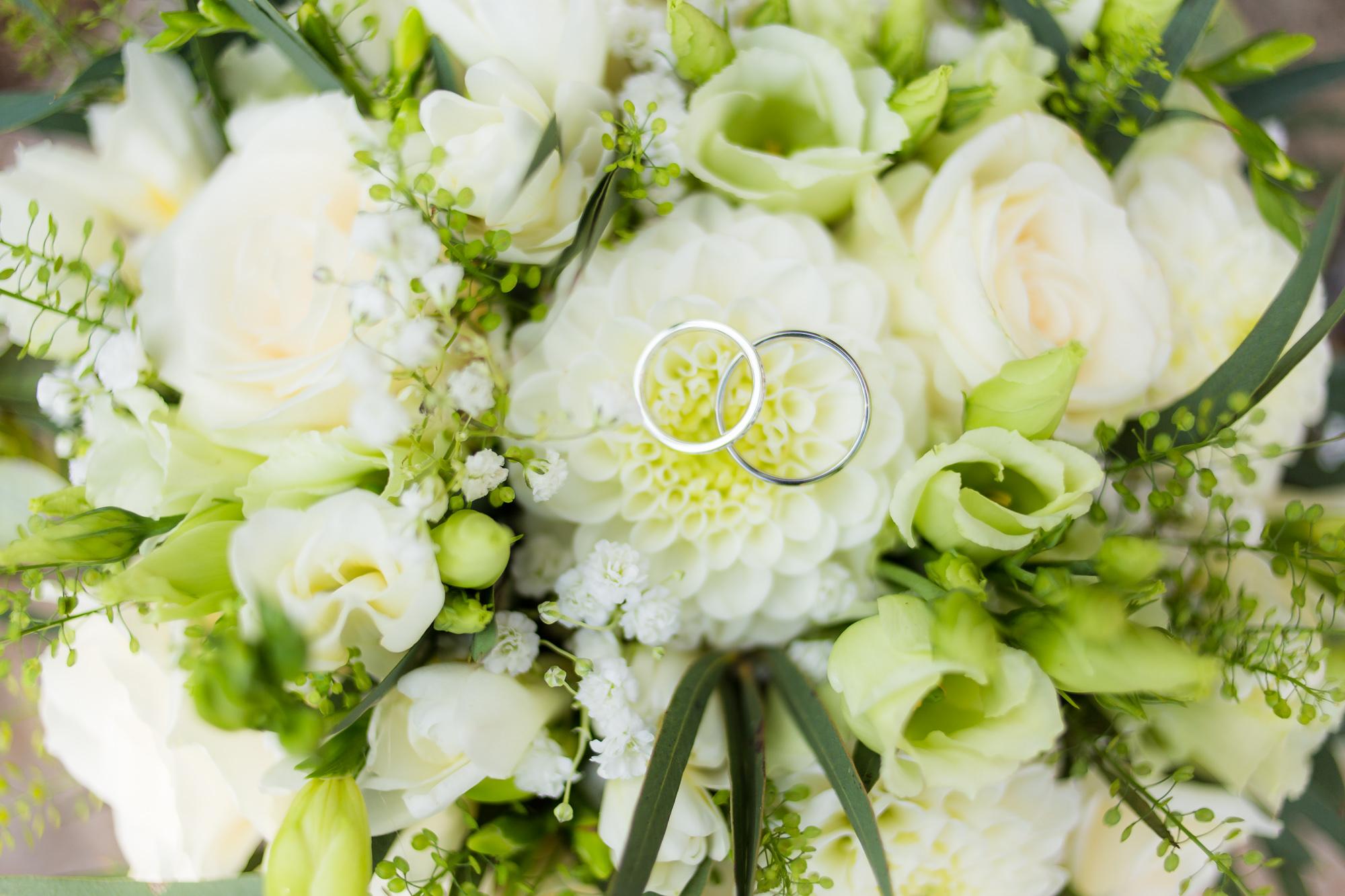 Mariage Bormes-les-Mimosas | Les bagues de fiançailles
