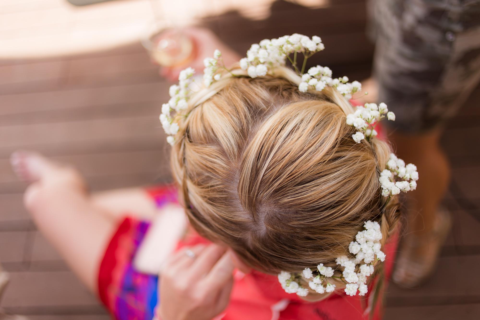 Mariage Bormes-les-Mimosas | La couronne de fleur de la mariée