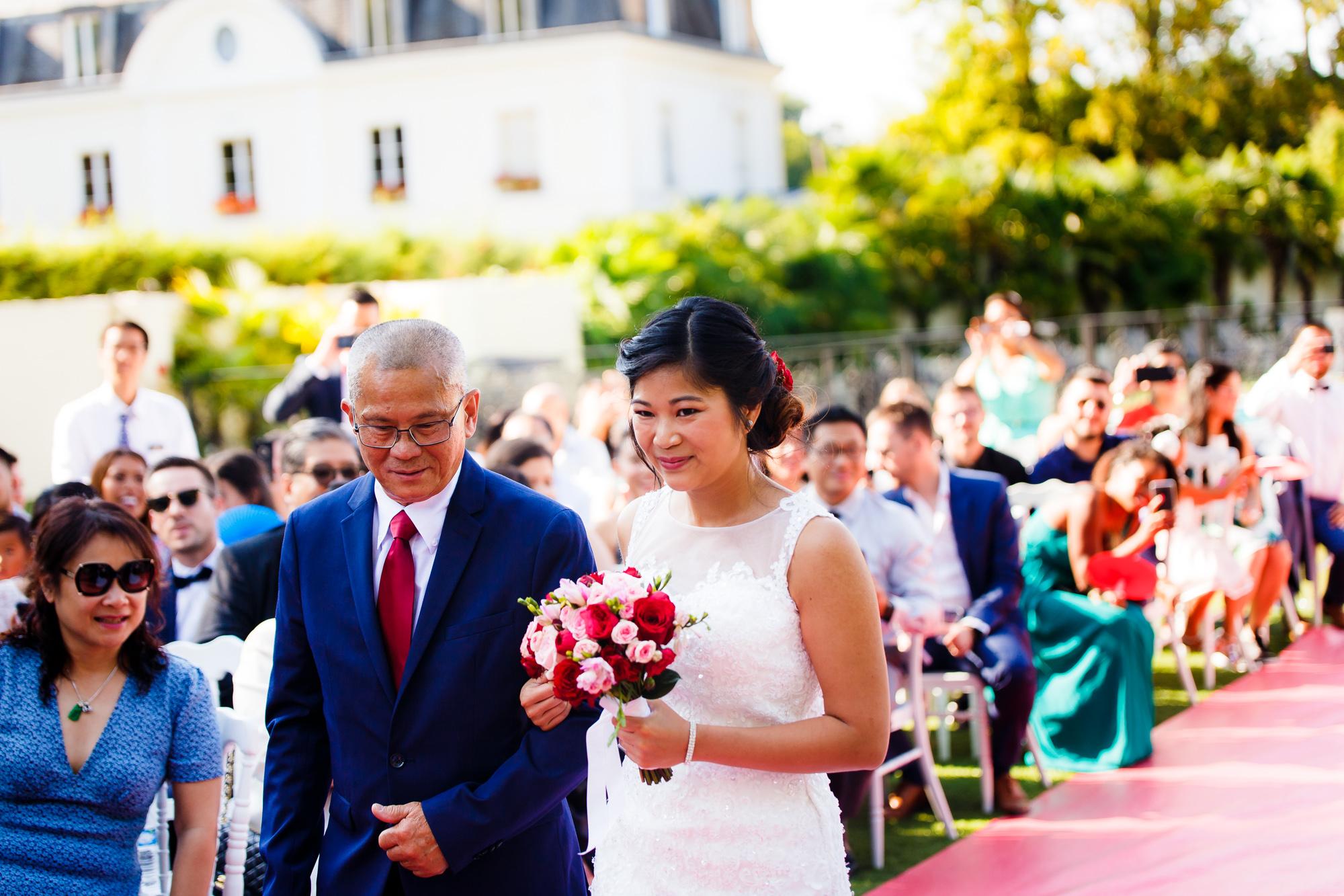 Mariage au Manoir des Cygnes arrive sylvie cérémonie laïque